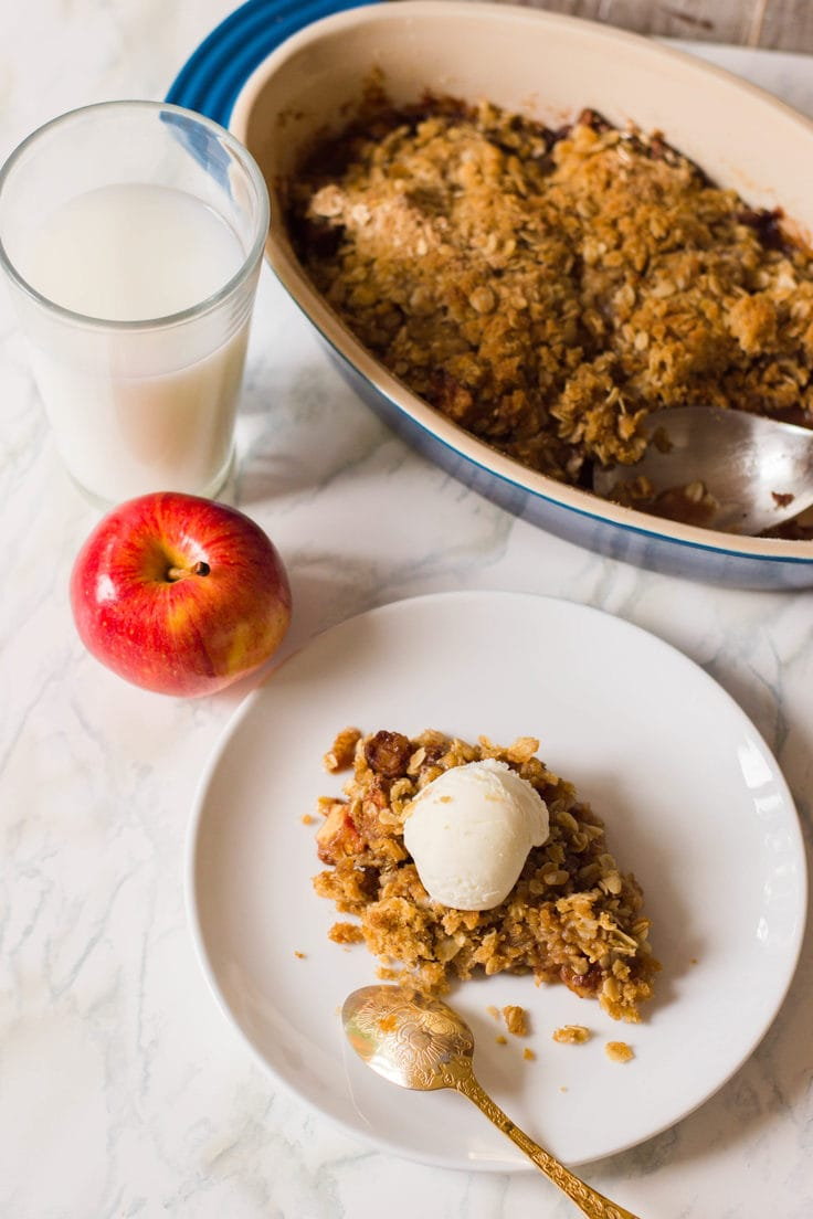 This apple crisp recipe is surefire! Make sure to add this one to your family's cookbook because it's absolutely delicious!