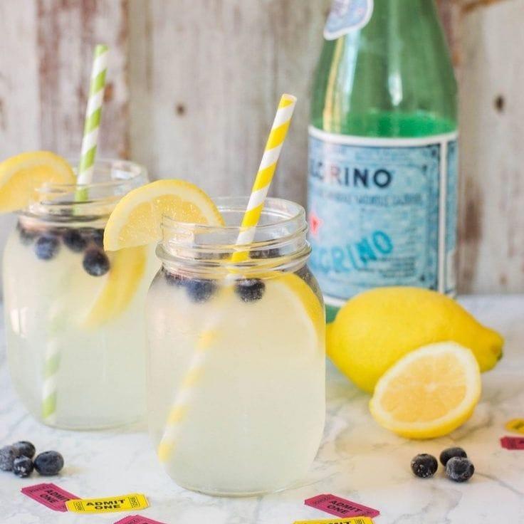 Sparkling lemonade with blueberries.